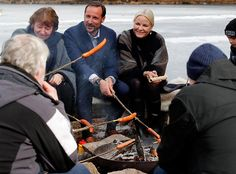 On March 27, 2016, Crown Prince Haakon and Crown Princess Mette-Marit of Norway visited the Ice Lake forest in Bjerke District in Oslo. The Crown prince and crown princess met with the local people during her visit to Bjerke.