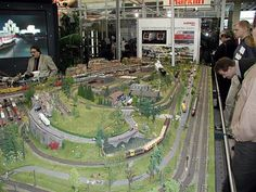Train Tables For Adults | Model Train Set Table