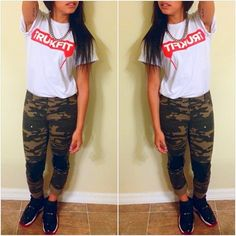 Leggings trukfit shirt. Cute outfit