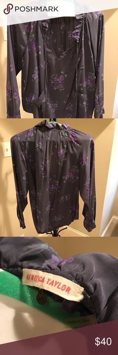 Rebecca Taylor sz 10 Peasant Blouse w pockets In really pretty lavender and the current on-trend floral print, this blouse is in perfect condition. Silk, easy, perfect. Rebecca Taylor Tops Blouses