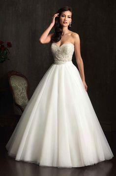 32a099cc9c A(z) Nagy Menyasszonyi Ruhák nevű tábla 13 legjobb képe | Wedding ...