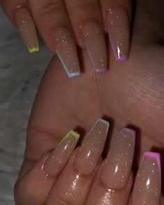Simple Acrylic Nails, Fall Acrylic Nails, Summer Acrylic Nails Designs, Colored Acrylic Nails, Acrylic Nail Art, Acrylic Nails Coffin Short, Square Acrylic Nails, Silver Glitter Nails, Purple Nails