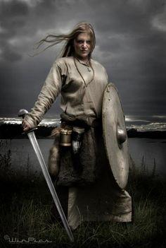 Viking Warrior Maiden! Lovely!  Norwegian viking reenactment. All pictures taken by the talented Espen Winther [deviantart] [facebook]