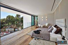 Contemporary House in Son Vida