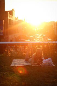 high line sunset. #NewYorkCity #JuicyDestinations