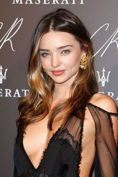 Miranda Kerr's subtle ombre hair color
