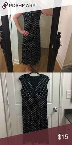 Black and pick dress Like new perfect for any occasion! 96% polyester 4%Spandex. Machine washable. Dresses