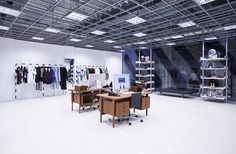 Off-White Store, Tokyo Off White Store, Japan Store, Dover Street Market, Tokyo City, Select Shop, Shop Interiors, User Experience, Retail Design, Store Design