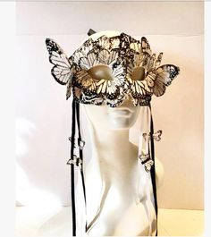 Masquerade Mask- Black and white Butterflies -Mardi Gras Mask- Women's Mask- Masquerade Ball Mask -Butterfly Costume- Party Mask- Holiday Masquerade Party Outfit, Masquerade Costumes, Black Masquerade Mask, Halloween Masquerade, Masquerade Makeup, Party Costumes, Venetian Masquerade, Venetian Masks, Animal Head Masks