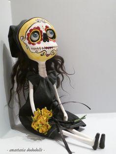 Ooak art doll Edda by dododolls on Etsy, €100.00. Dia de los muertos
