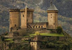 outdoormagic:  Chateau de Foix by Diego Exposito on Flickr.