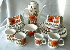 Meakin England iconic 'Poppy' Studio shape 25pc coffee set classic 1950s-70s