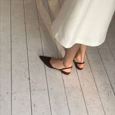 Fashion Gone rouge Look Fashion, Street Fashion, Fashion Shoes, Womens Fashion, Women's Shoes, Me Too Shoes, Shoes Style, Platform Shoes, Fashion Gone Rouge