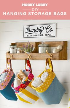 Looking for a decluttering game changer? Take advantage of vertical space in your home when you use these DIY duck cloth baskets. Diy Projects Videos, Diy Sewing Projects, Sewing Diy, Hanging Storage, Diy Hanging, Basket Crafts, Hanging Fabric, Clothes Basket, Sewing Baskets