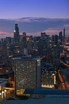 Chicago, IL- It's worth it to request a room with stunning skyline views of the Windy City. #Jetsetter