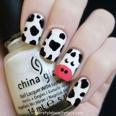 cow nails art design picture image photo beauty (3) http://www.hairstylebeautynails.com/nails-designs/nails-cow-design-4/