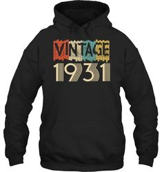 Retro Classic Vintage Made In 2015 Aged 3 Years Old Being Pullover Hoodie The Hollywood Bowl, Coffee Gifts, Year Old, Cool T Shirts, Pullover, Hoodies, Retro, Classic, How To Make