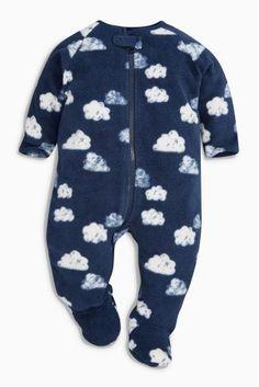 Fleece-Schlafanzug mit Wolkenmotiven, Marineblau/Weiß (0 Monate – 3 Jahre) bei Next: Österreich