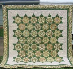 Doesn't it remind you of a kaleidoscope?!! Irish Obsession Stack and Whack Quilt by faykilgore.