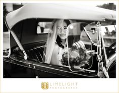CASA MONICA, Florida, St.Augustine, bride, classic car, wedding, wedding photography, Limelight Photography, www.stepintothelimelight.com
