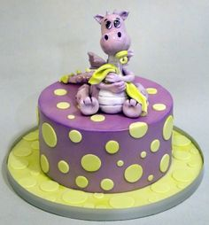 Dragon Cake - by ellaboratorio @ CakesDecor.com - cake decorating website