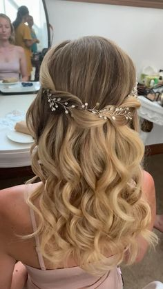 Homecoming Hairstyles, Wedding Hairstyles For Long Hair, Elegant Hairstyles, Wedding Hair And Makeup, Hairstyle Wedding, Wedding Hair Half, Easy Hairstyles, Hairstyles For Bridesmaids, Updo Hairstyle
