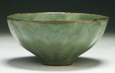 "A Chinese Antique Song Celadon Glazed Porcelain Bowl 6 1/2"" D"