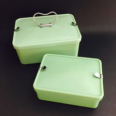 Set of Two Bandalasta Sandwich Lunch Boxes Mint/ Jadite Sandwich Box, Sandwiches, Synthetic Resin, Plastic Ware, Picnic Lunches, Lunch Boxes, Rust Color, Small Boxes, Dream Decor