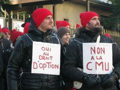 Saint-Julien-En-Genevois   Saint-Julien-en-Genevois : les frontaliers bonnets rouges dans la rue