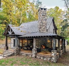 Small Log Cabin, Little Cabin, Tiny House Cabin, Log Cabin Homes, Cottage Homes, Log Cabins, Tiny Houses, Cabin In The Woods, A Frame Cabin