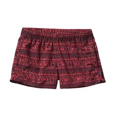 Patagonia Women's Barely Baggies™ Shorts have a lower rise and shorter inseam than the originals yet offer the same water-loving feel. Check 'em out. Outdoor Clothing Sale, Patagonia Baggies, Patagonia Outdoor, Manga Clothes, Look Good Feel Good, Outdoor Woman, Outdoor Outfit, Everyday Fashion, Active Wear