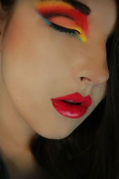 Google Image Result for http://www.makeupgeek.com/wp-content/uploads/2012/06/DSC_5860ss_filtered-498x750.jpg