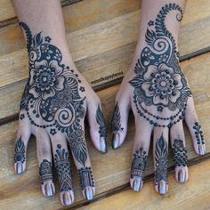 "2,663 Likes, 39 Comments - Mehndika Joey Henna (@mehndikajoeyhenna) on Instagram: ""Same but different hands for miss Minoli! Freehand designs with 50% Henna Jagua Blend paste!…"""