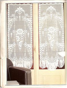Chart is here just scroll down Crochet Curtains, Crochet Tablecloth, Crochet Doilies, Crochet Art, Crochet Home, Filet Crochet, Crochet Designs, Crochet Patterns, Beautiful Crochet