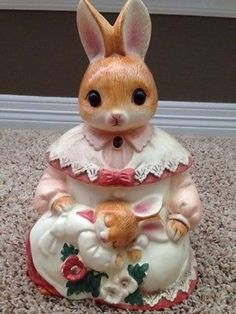Vintage-Bunny-Rabbit-Cookie-Jar-Shabby-Pink-Made-In-Japan-RARE