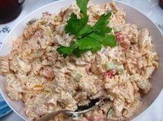 Krämig pastasallad med kyckling & chilisås