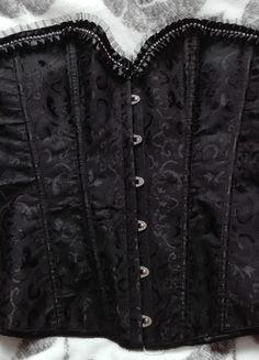 Kup mój przedmiot na #vintedpl http://www.vinted.pl/damska-odziez/bielizna-inne/13442214-gorset-damski-xxl-z-cyrkoniami