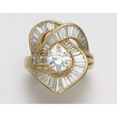Jewelry Diamond : 18K GOLD AND DIAMOND RING