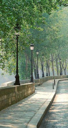 Isle St. Louis, #Paris A favourite area in Paris