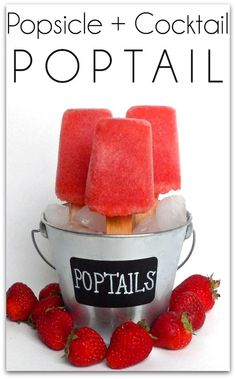 Poptails, blend 8 oz grapefruit juice + 12 oz strawberries, then blend again with 6 oz vodka, pour into Popsicle molds Party Drinks, Fun Drinks, Yummy Drinks, Cocktails, Yummy Food, Tasty, Beverages, Cocktail Recipes, Mixed Drinks