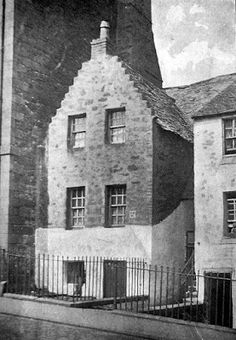 Tour Scotland Photographs: Old photograph of the Hangman's House in Stirling, Scotland. Public execution in Stirling was usually handled by the Hangman or Staffman as he was known. This official had his own house on St John's Street. In the 17th century, executions took place at the Mailing Gallows