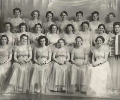 Daughter's of Isabella - My Gran, Eva Kuney, second row, third from the right!  Anaconda, MT