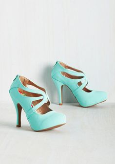 East Lion Corp./Qupid Live to Prance Heel in Mint