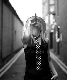 Black and white of young woman smoking cigar. Cigars And Women, Women Smoking Cigars, Cigar Smoking, Girl Smoking, Good Cigars, Cigars And Whiskey, Famous Cigars, Cigar Girl, Fashion Photography