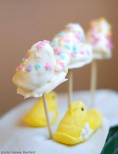 It's a Peeps Show! 7 Sweet Ways to Serve Your Favorite Marshmallow | Photo Gallery - Yahoo! Shine#crsl=%252Fphotos%252Fpeeps-show-7-sweet-ways-slideshow%252Ftuxedo-peeps-photo-2602867-191300232.html