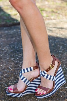 In Step With Style Wedge