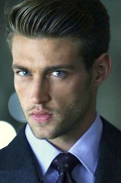 Heath Hutchins suit tie windsor knot Gorgeous Men, Beautiful Boys, Heath Hutchins, Blue Eyed Men, My Handsome Man, Love My Man, Look Man, Gentlemen Prefer Blondes, Art Of Seduction