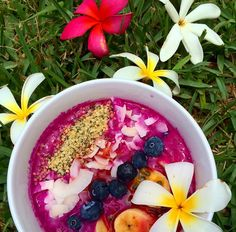 Pitaya Smoothie Bowl shared by healthy_hibiscus! 1 pack frozen pitaya, 1/2 cup strawberries, 1 tbsp maca powder, 1 scoop vanilla Perfect Fit Protein, and 3/4 cup unsweetened almond milk or coconut water. Blend all ingredients together until smooth & add toppings! Lilikoi; 1/2 banana, sliced; 1/4 cup blueberries; 1 tbsp coconut flakes; 1 tbsp hemp seeds. Enjoy!