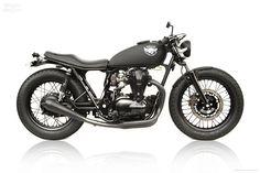 Kawasaki W650 by Deus Ex Machina