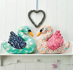 Love Bird Swans - free pattern download (log-in required)